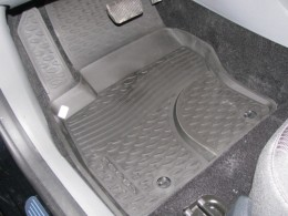 КОВРИКИ В САЛОН NOVLINE Ford Focus 2 (c 2004 г.), полиуретан