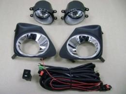 Противотуманные фары для Toyota Corolla (11-13)